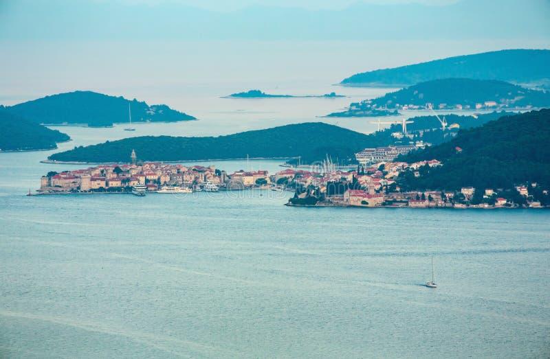 Même la vue de la péninsule de Peljesac, la Croatie photos stock