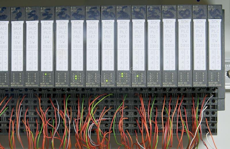 Módulos electrónicos con los alambres primer fotografía de archivo