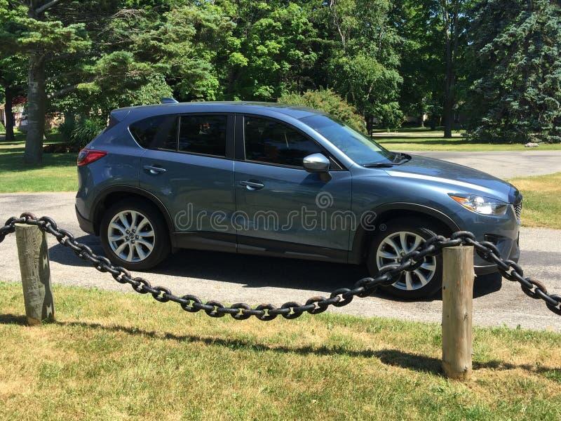 Mój Mazda CX-5 patrzeje dla scenicznych widoków w Goderich Ontario Kanada zdjęcia stock