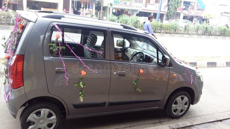 MÓJ NOWY SAMOCHODOWY dziewczyna urodziny ŻYCZY ND DŁUGĄ przejażdżkę MÓJ miłość zdjęcia stock