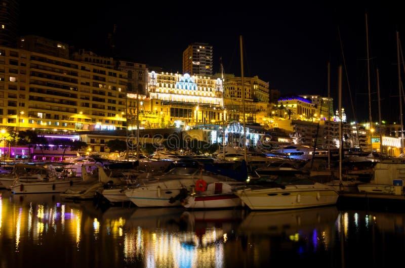 Mónaco en la noche. Monte Carlo imagen de archivo