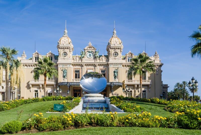 Mónaco: Monte Carlo Casino, teatro magnífico fotografía de archivo
