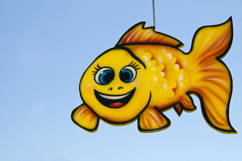 Móvil amarillo de los pescados foto de archivo