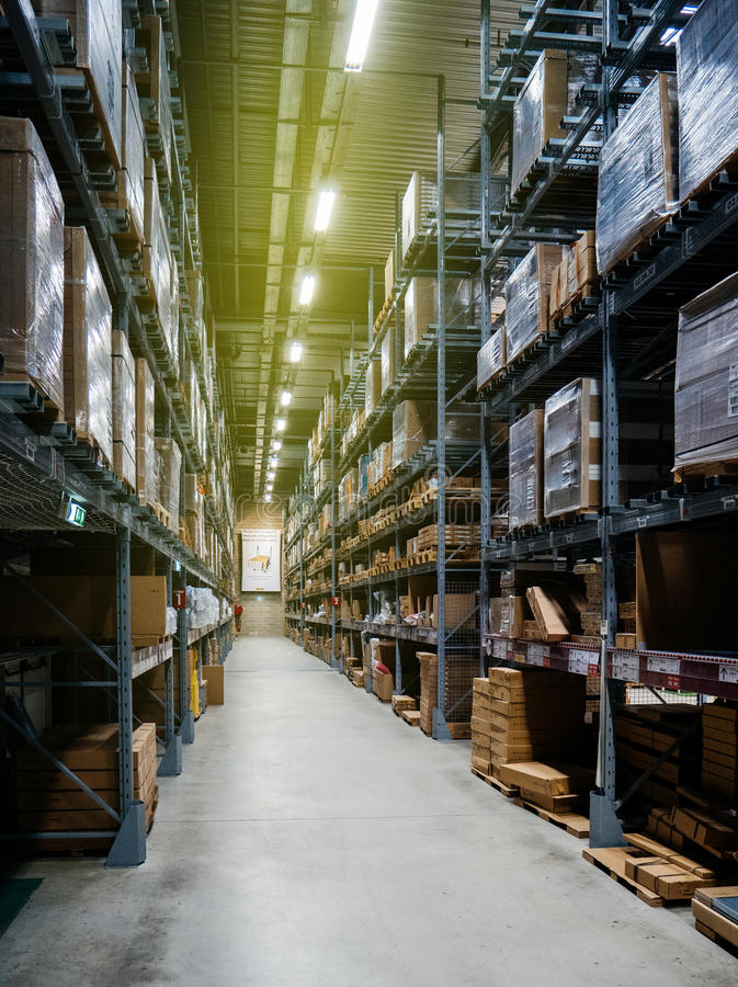 Möbelgeschäftlagerperspektive lizenzfreie stockfotografie