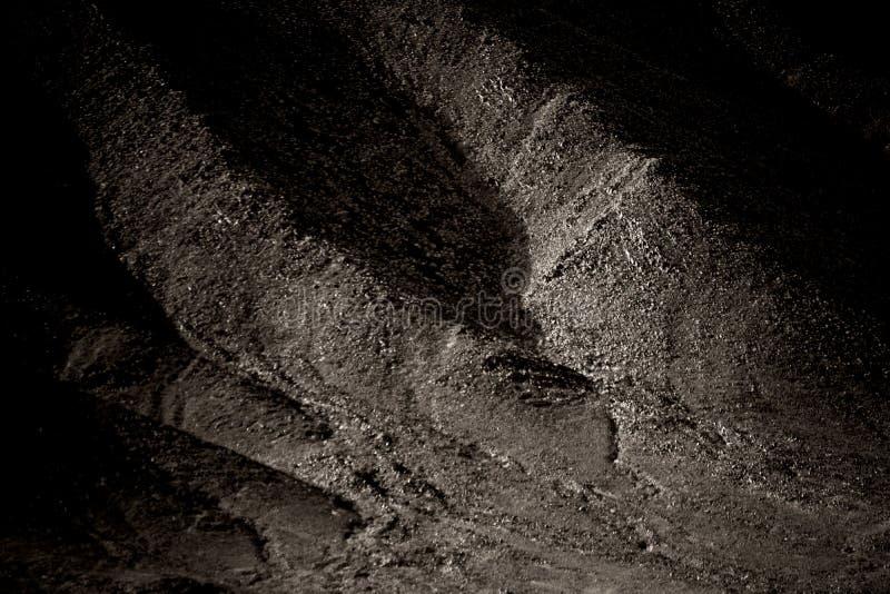 Mörk bergssida arkivfoton