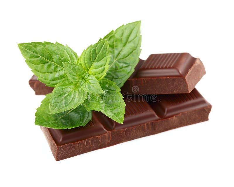 Mörk choklad med minten royaltyfri bild
