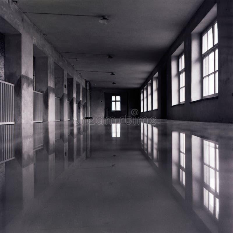 mörk korridor royaltyfria foton