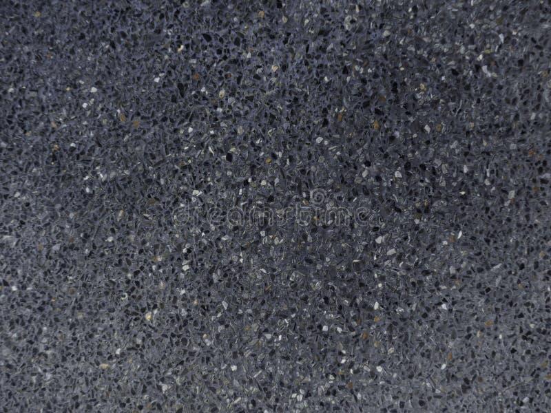 Mörk svart asfaltvägyttersida fotografering för bildbyråer