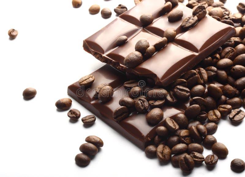 Download Mörka Choklad- Och Kaffebönor Arkivfoto - Bild av socker, cafe: 27281054