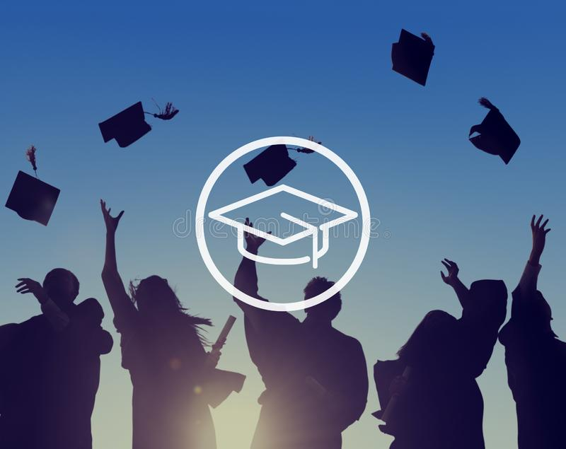 Mörser-Brett-Bildungs-Wissens-Klugheits-Staffelungs-Konzept stockbilder