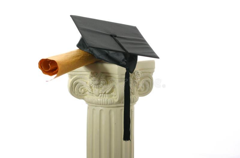 Mörtelvorstand und -diplom auf Bedienpult II lizenzfreie stockfotografie