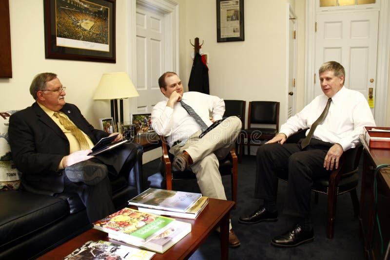Möte av kongressledamoten Larry Kissel arkivfoto