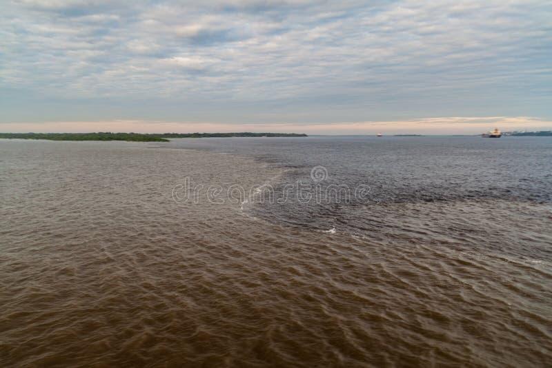Möte av vatten royaltyfri fotografi