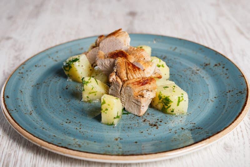 Músculo cozido da carne de porco com batatas fotografia de stock