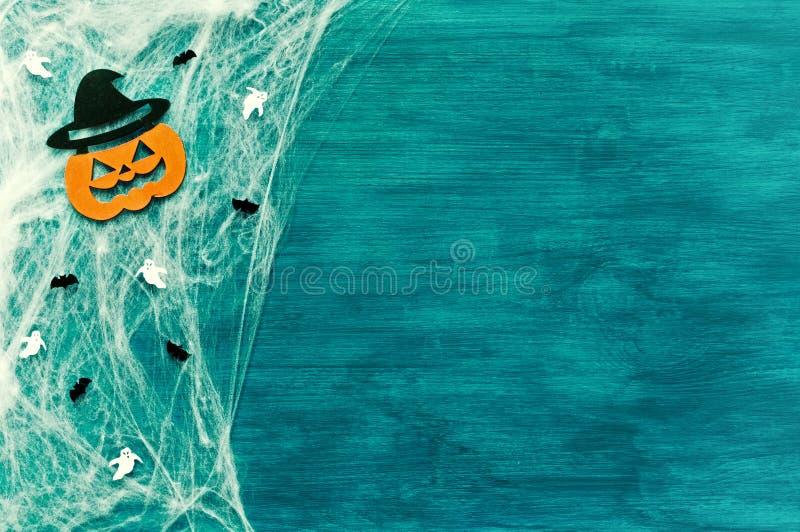 Música da noite Web de aranha, aranhas e decorações de sorriso do jaque como símbolos de Dia das Bruxas fotografia de stock royalty free