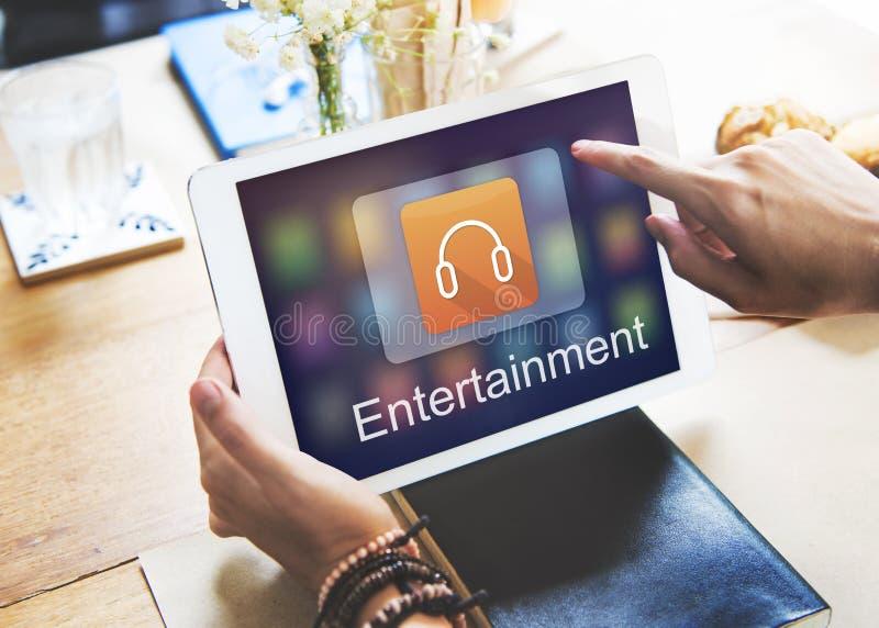 Música de Digitaces que fluye concepto en línea del entretenimiento de las multimedias foto de archivo libre de regalías