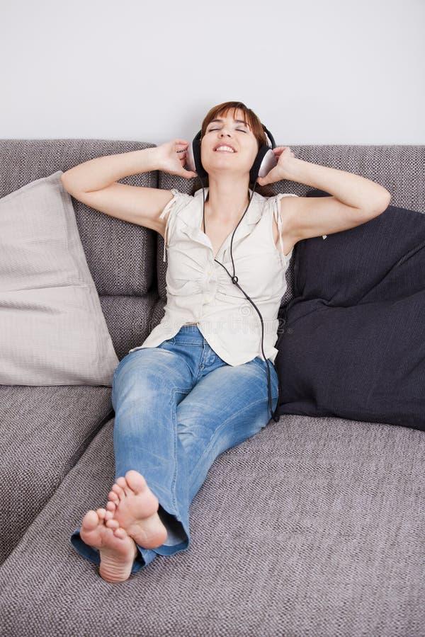 Música de escuta imagem de stock