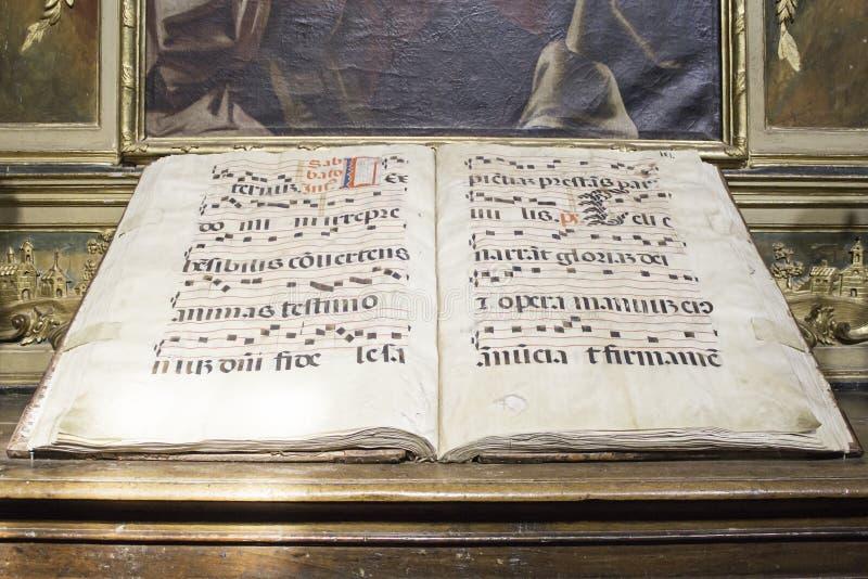 Música religiosa do livro imagem de stock royalty free
