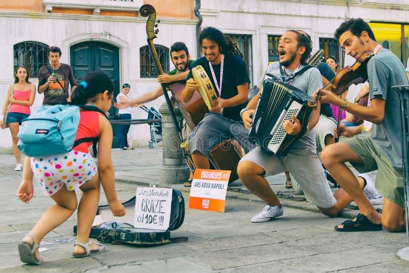Músico da rua foto de stock