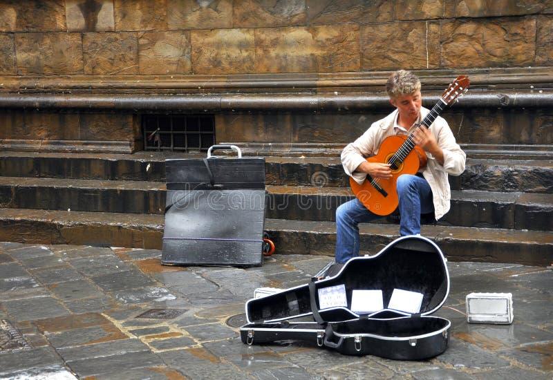 Músico da rua em Florença, Italy imagens de stock royalty free