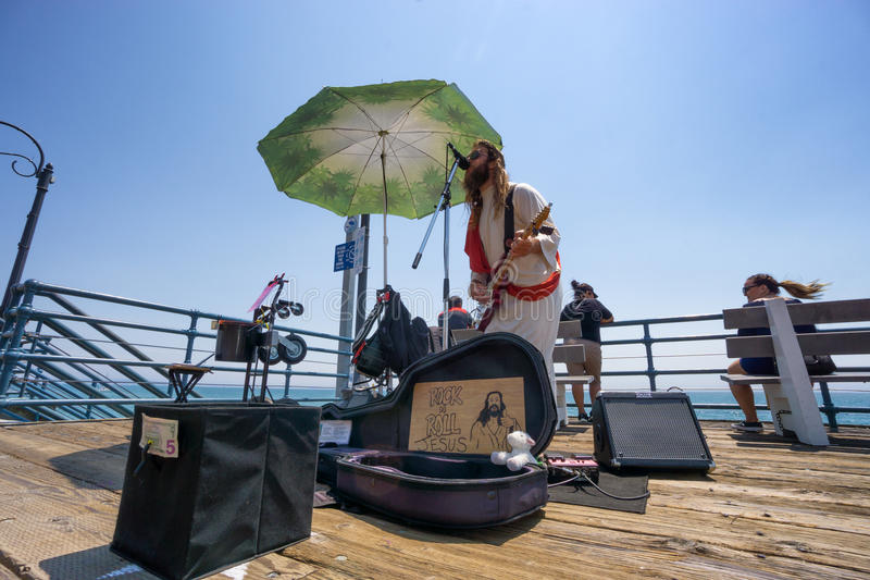 Músico da rua no cais de Santa Monica fotos de stock royalty free