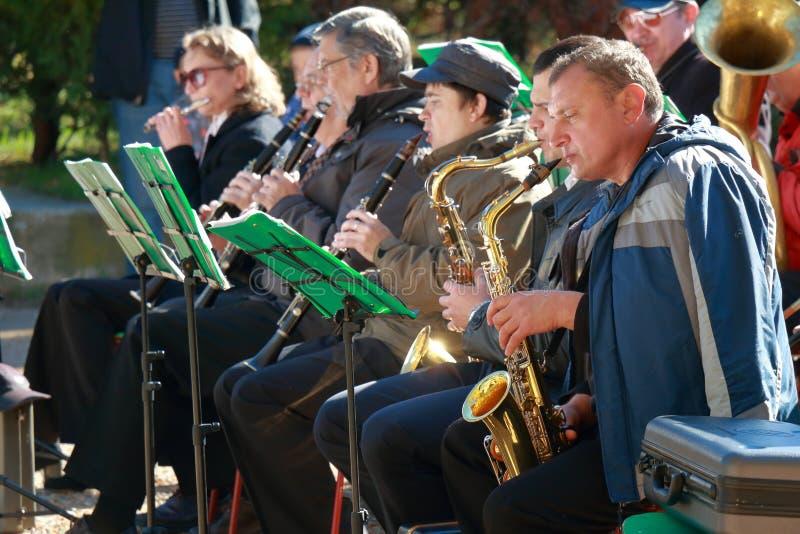 Músicos con el saxofón y los clarinetes fotografía de archivo