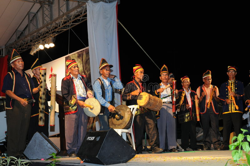 Músicos de Bidayuh fotografia de stock
