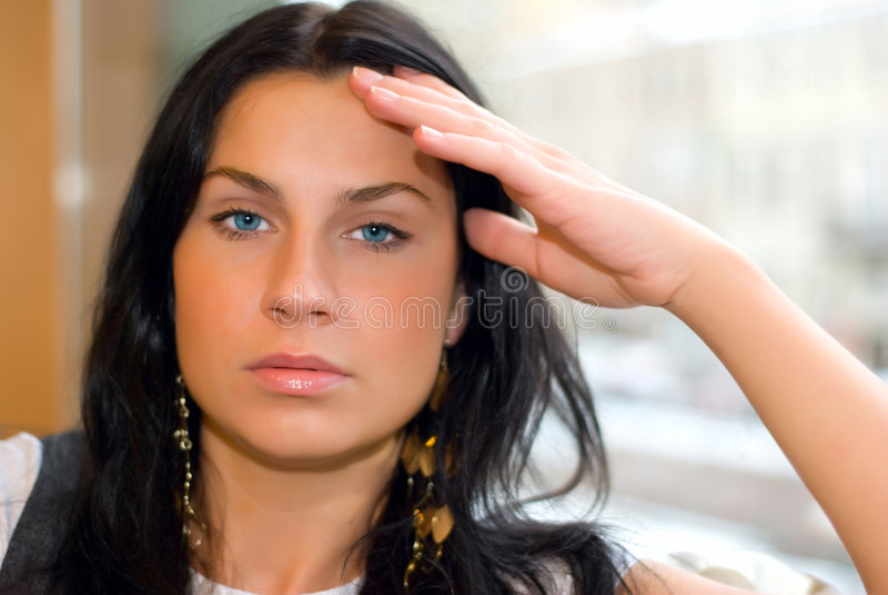 Müde Frau stockfotografie