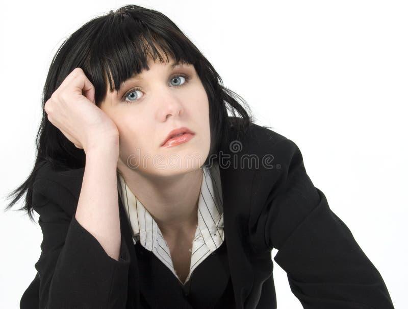 Müde junge Geschäftsfrau lizenzfreies stockfoto