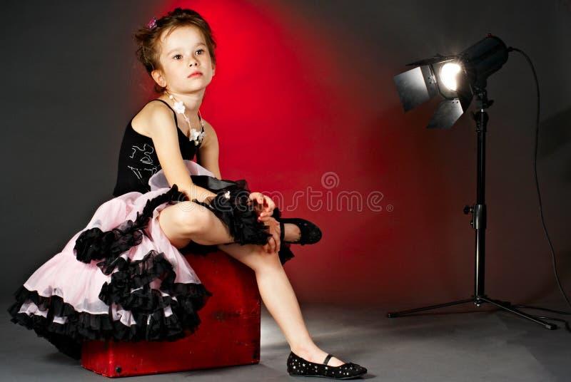 Müder kleiner Schauspielerin stockfoto