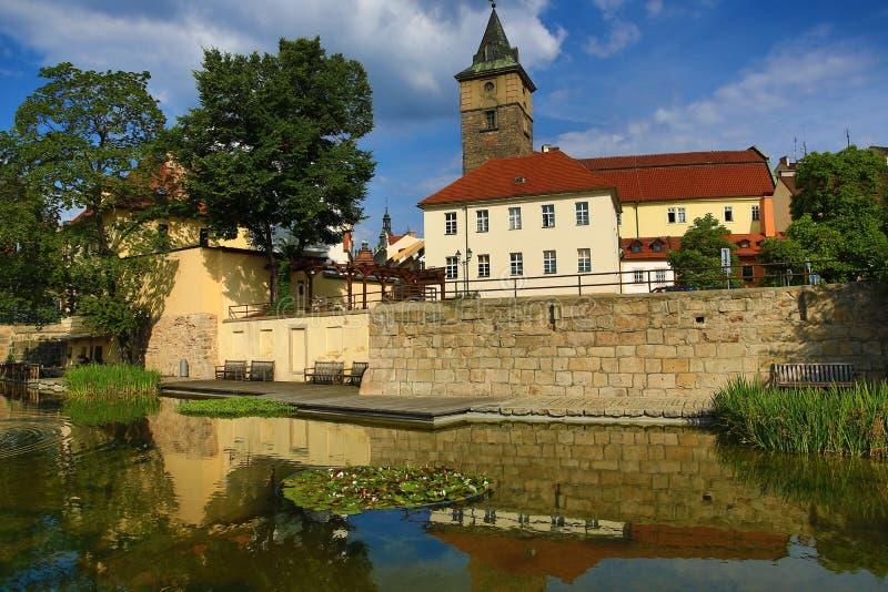 Mühlabzugsgraben (Tscheche: MlÃ-½ nskà ¡ strouha), alte Architektur, Pilsen, Tschechische Republik stockbild