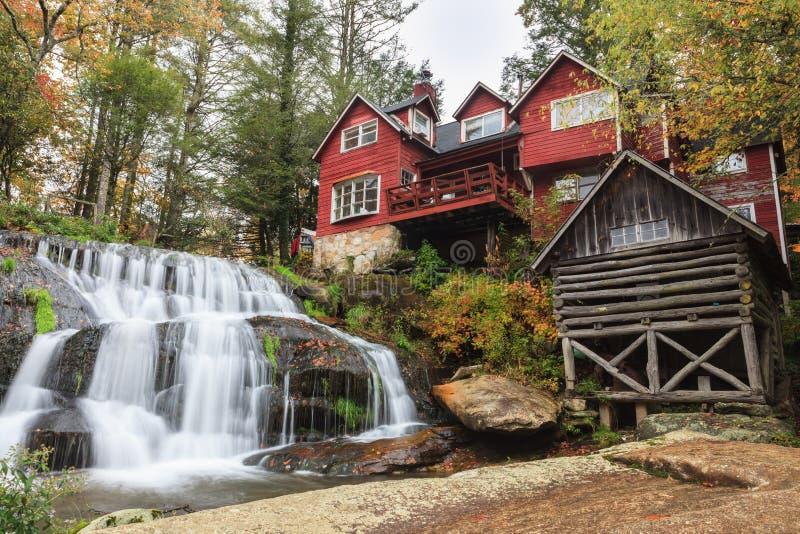 Mühlmassen-Fall-North Carolina stockbilder