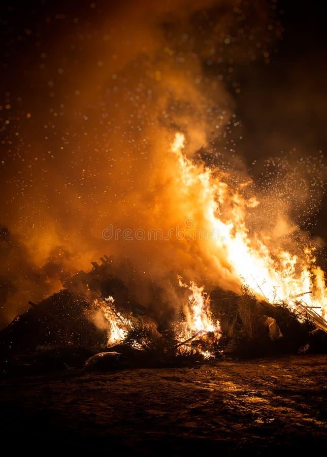Müllverbrennung lizenzfreie stockfotografie