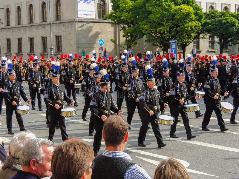 München, Duitsland - 22 September 2013 Oktoberfest, parade drummer royalty-vrije stock afbeelding