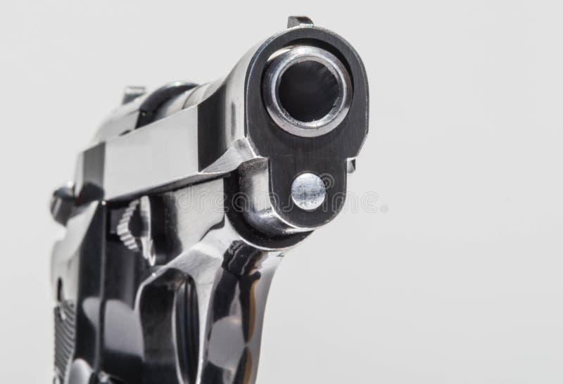 Mündung einer Pistole lizenzfreie stockfotografie