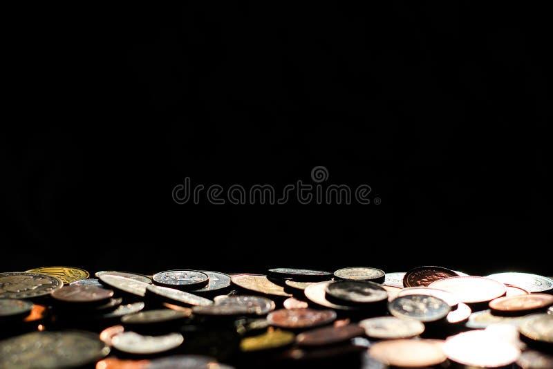 Münzen mit Exemplar-Platz stockfotografie