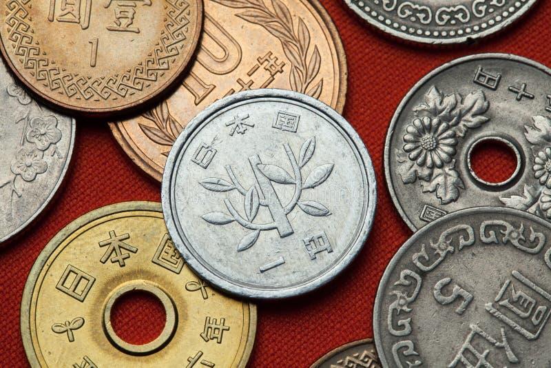 Münzen von Japan stockfotos