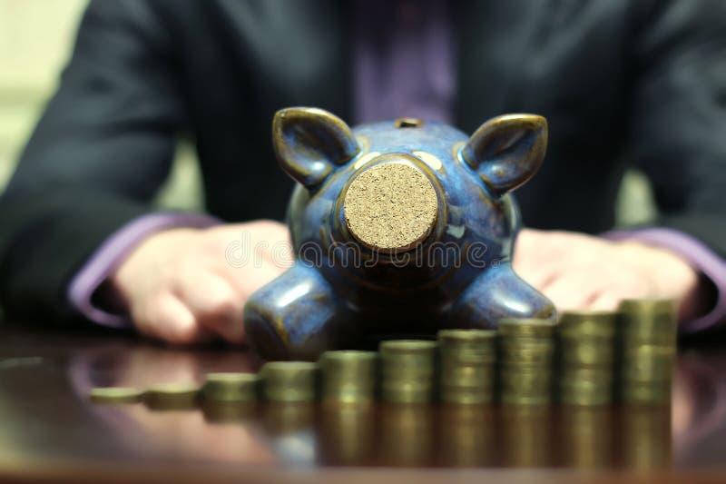 Münzensparschwein lizenzfreies stockbild