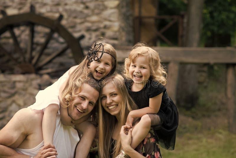 Mütter, Vatertag lizenzfreie stockfotos