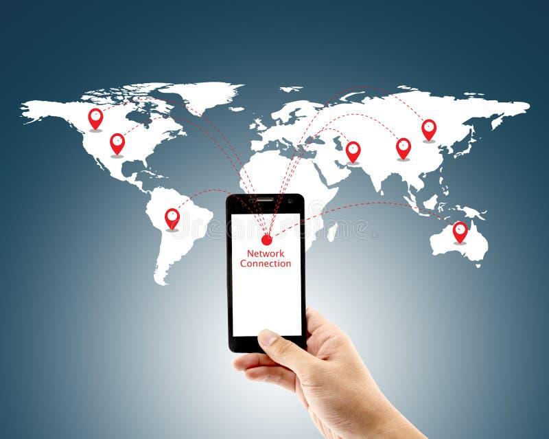 Mądrze mężczyzna mienia telefon z światowym ogólnospołecznym medialnym sieć związkiem ilustracji