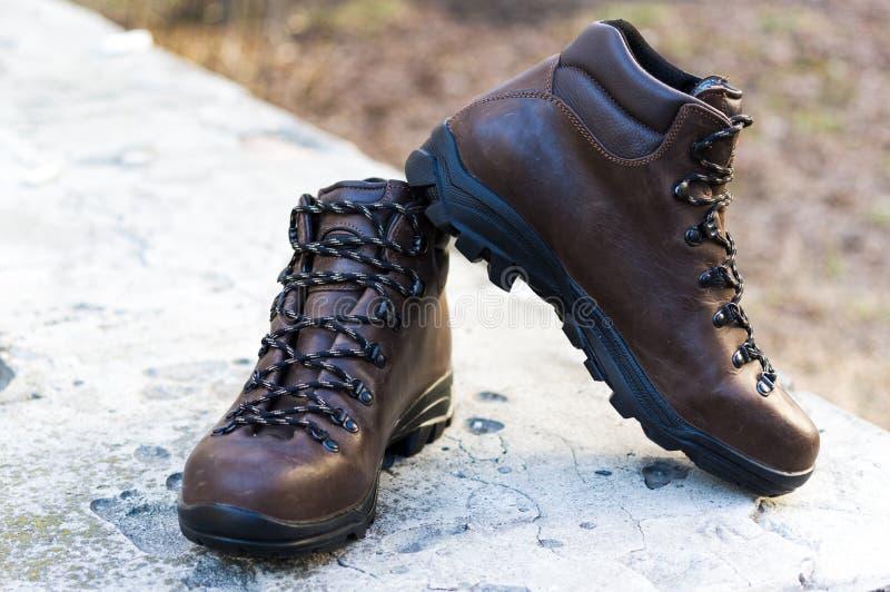 Mężczyzn rzemienni buty dla tropić wysoko?? but wysoko?? zdjęcie royalty free
