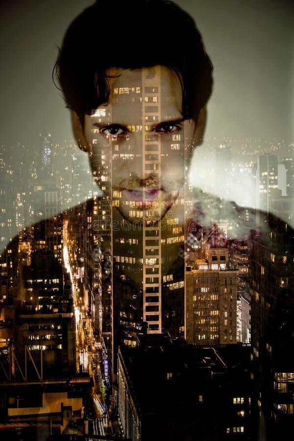 Mężczyzna łapać w pułapkę w miasto abstrakta portrecie fotografia stock