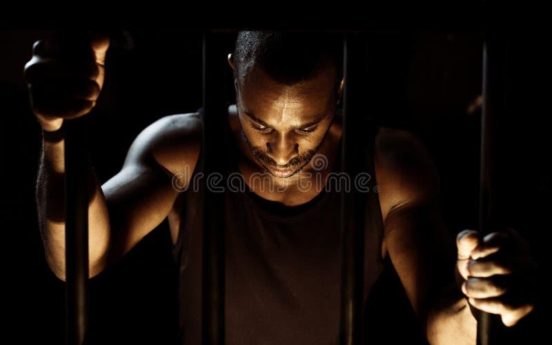 Mężczyzna areszt w więzieniu zdjęcia stock