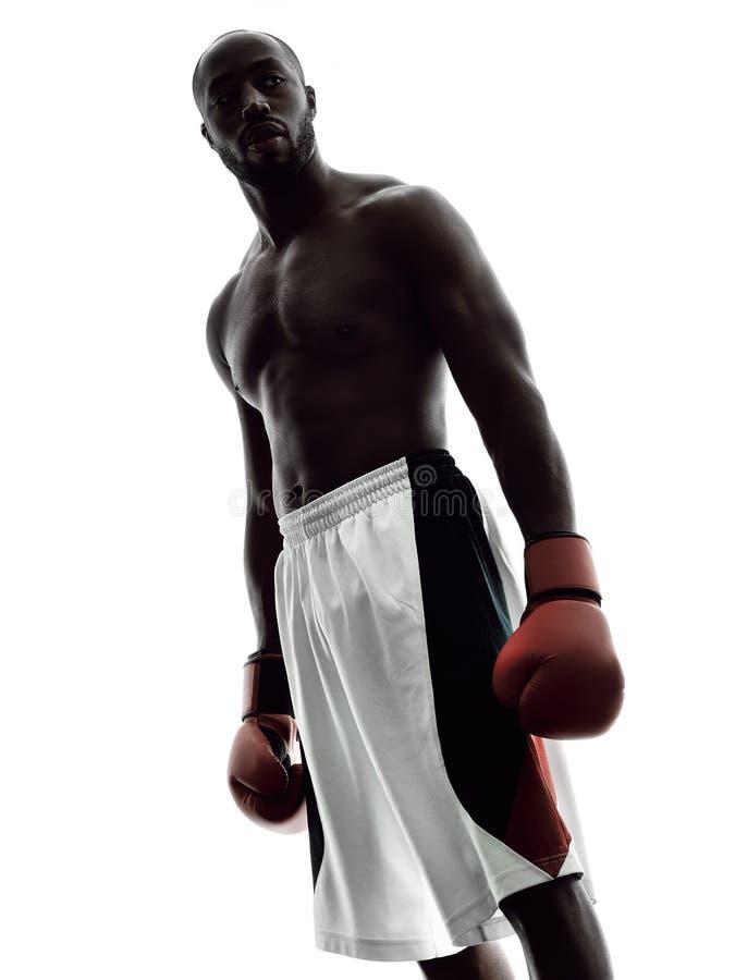 Mężczyzna boksery boksuje odosobnioną sylwetkę zdjęcia stock