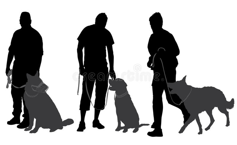 Mężczyzna chodzi jego psia sylwetka fotografia stock