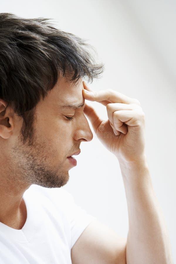 Mężczyzna cierpienie Od migreny obrazy royalty free