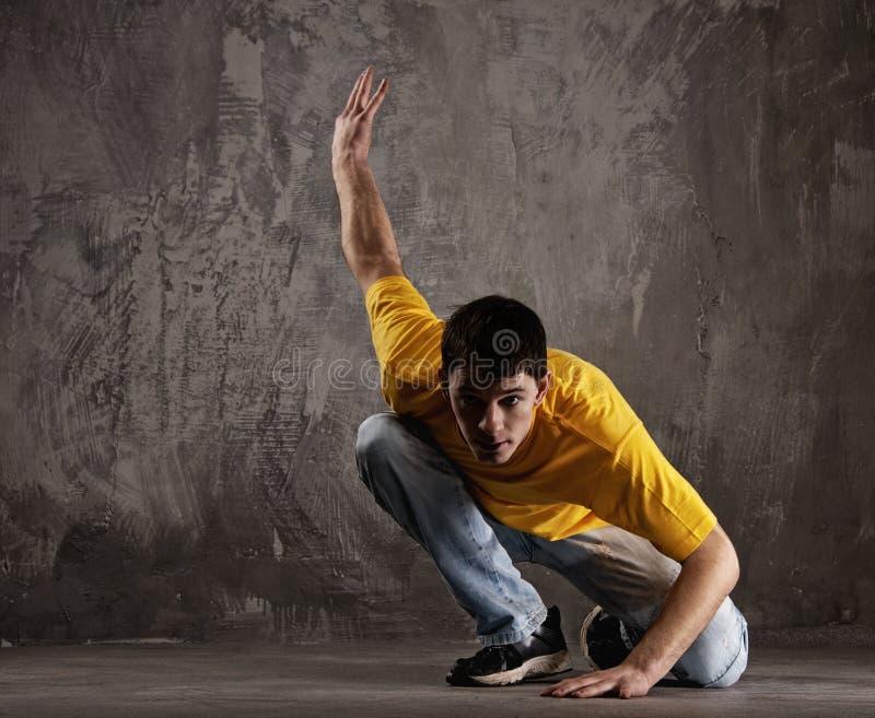 mężczyzna dancingowi potomstwa fotografia stock