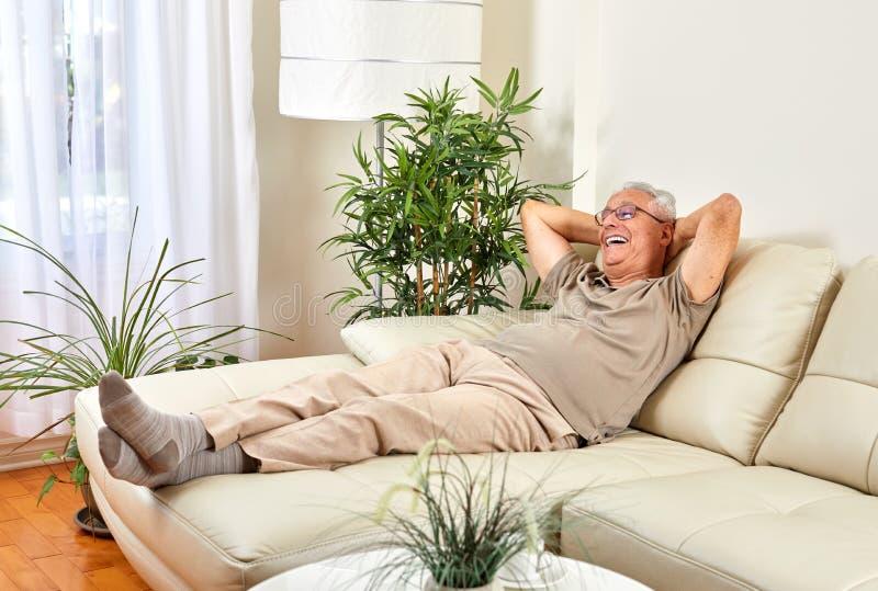 mężczyzna domowy senior obraz stock