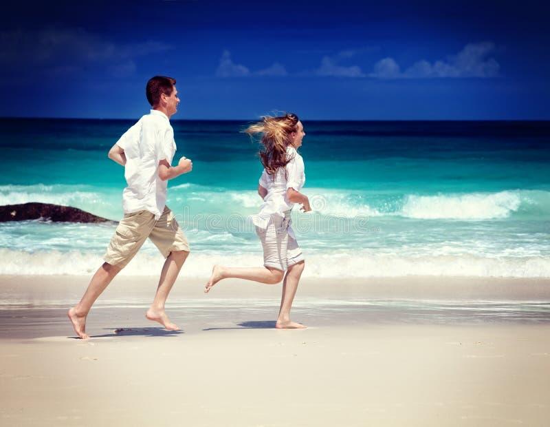 Mężczyzna i kobiety romantyczna para fotografia stock