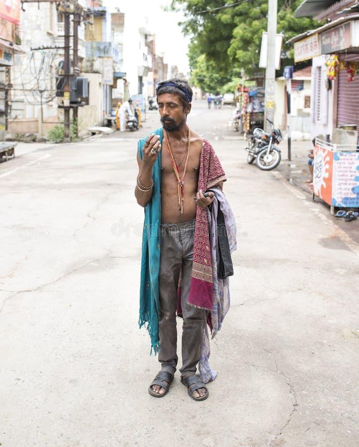 mężczyzna indyjska bieda zdjęcie royalty free
